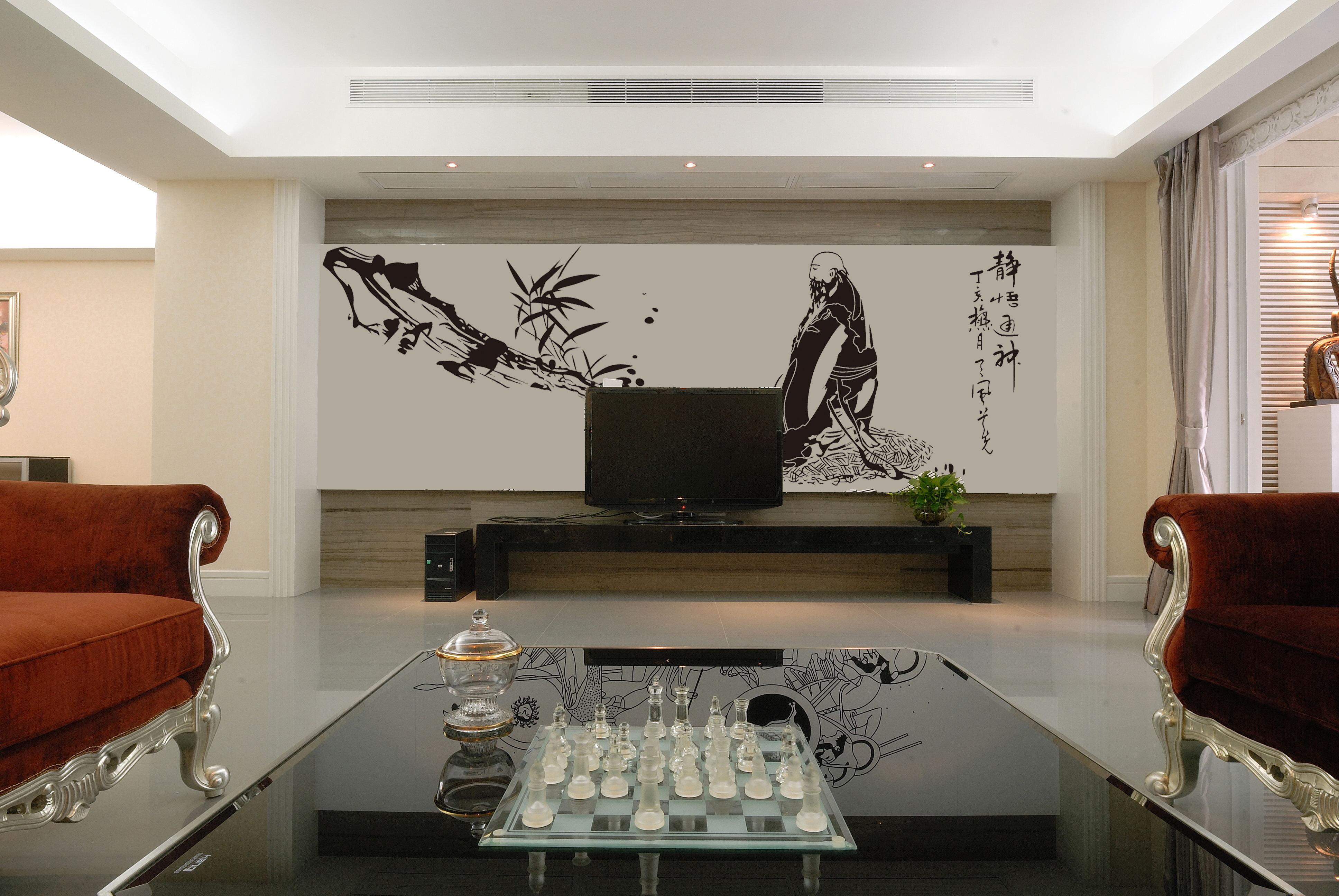 中式风格是比较自由的,装饰品可以是绿色植物,布艺,装饰画,以及不同